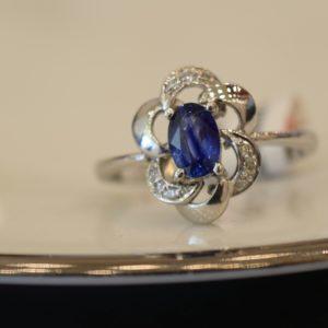 blue sapphire jewelery