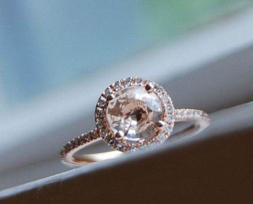round halo engagement ring_sumuduni gems