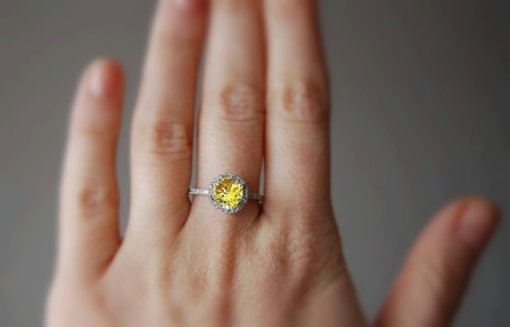 yellow sapphire ring_sumuduni gems