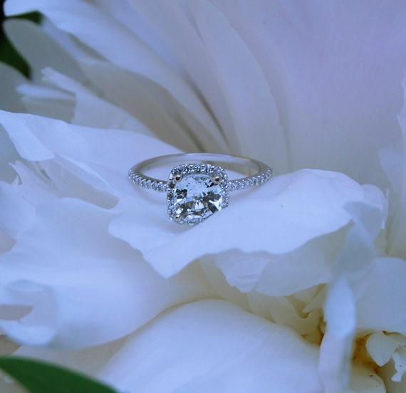 white sapphire engagement rings_Sumuduni gems