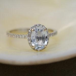 white sapphire sumuduni gems
