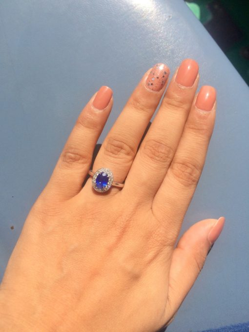 Natural ceylon blue sapphire ring