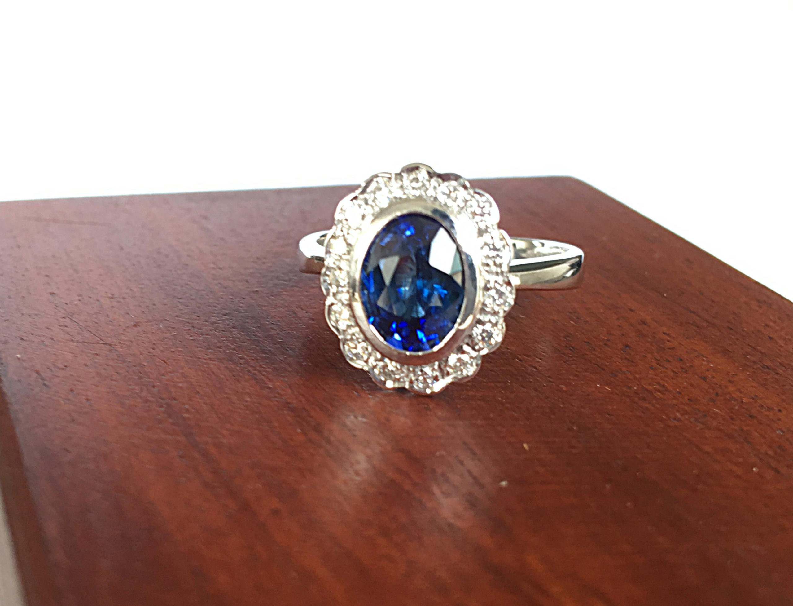 Vintage blue Sapphire Engagement Ring